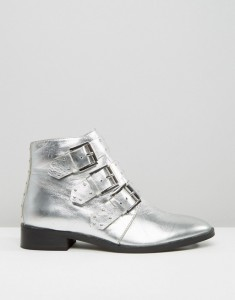 silver-boots